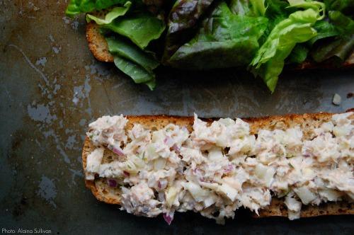 Sullivan_tuna_fennel_sandwich